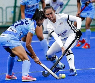 Juliani Mahu Buktikan Pemain Wanita Negara Mampu Beraksi Bersama Pemain Ternama Di Liga Antarabangsa