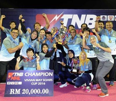 Blue Warriors lift Vivian May Soars Cup