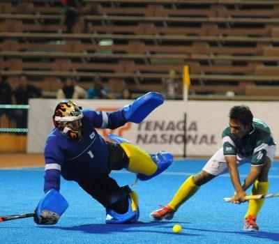 Pakistan setup showdown with India in Final